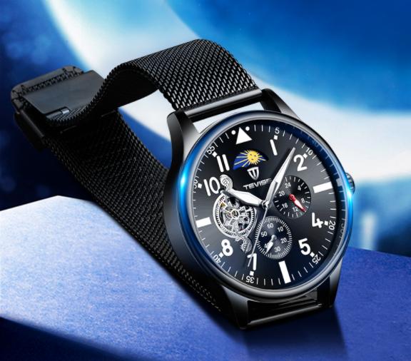 香港TEVISE探索者系列机械腕表